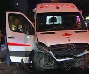 В центре столицы машина полиции врезалась в «скорую помощь»