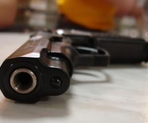 В Коломне мужчина из ревности застрелил возлюбленную, а затем покончил с собой