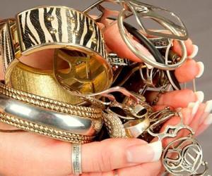 Ювелирные украшения способствуют выходу из депрессии