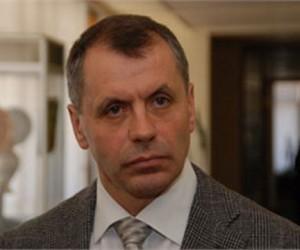 Крымский спикер улетел в Москву накануне сессии