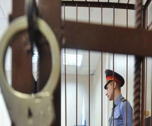 Московский полицейский выдавал незаконные лицензии на оружие