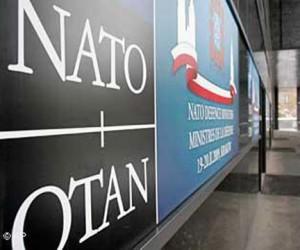 НАТО замораживает сотрудничество с Москвой