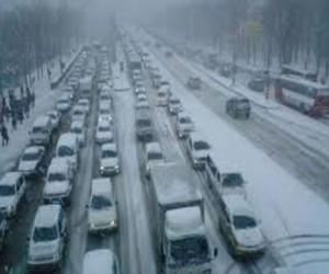 В Москве из-за снегопада десятибалльные пробки