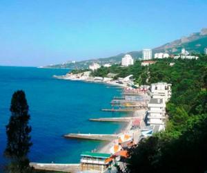 Курорты Крыма начинают бронировать российские туристы