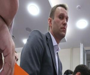 Московский суд снова будет слушать дело братьев Навальных