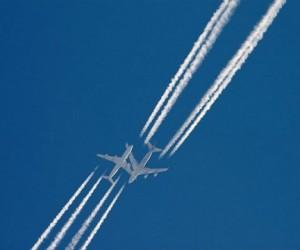 Над Москвой чуть не столкнулись самолёты