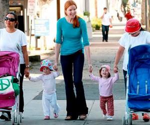 Длительное использование детской коляски может навредить ребенку