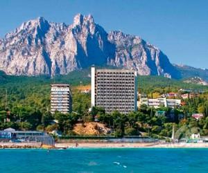 Курорты Крыма прорекламируют на 100 московских площадках