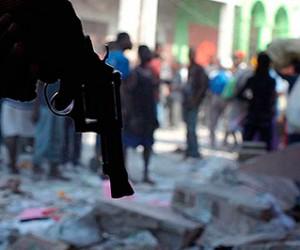 В Москве из пневматического оружия обстреляли троих узбеков