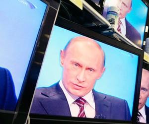 Сегодня Владимир Путин проведет прямую линию с гражданами