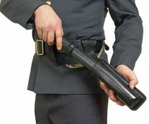 Полицейские в метро обзаведутся электрошокерами