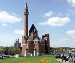 В московских мечетях откроют курсы русского языка для мигрантов