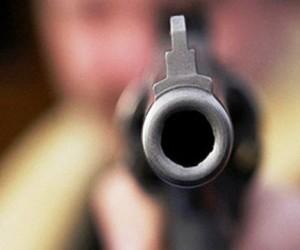 Неизвестный устроил стрельбу в одном из торговых комплексов на юго-востоке Москвы