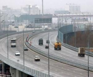 Москва отказалась от некоторых дорожных тендеров
