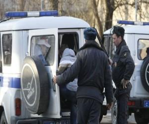 Двух московских полицейских ранили ножом