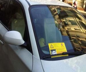 Должники штрафов по парковкам не смогут выехать за границу