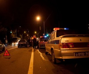Водитель сбил двух рабочих, один из которых умер