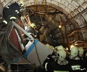 В причастности к аварии в метро подозревают двух человек