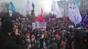 На митинге врачей присутствовали представители ЛГБТ