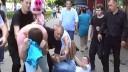 В отношении охранников магазина, избивших активистов «Хрюши против», возбуждено уголовное дело