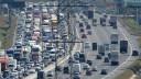 На юге МКАД из-за дорожной аварии образовалась многокилометровая пробка